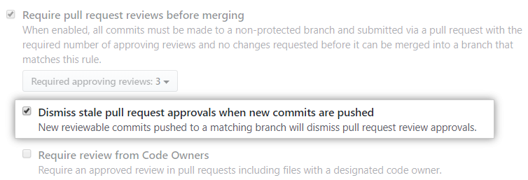 Caixa de seleção Dismiss stale pull request approvals when new commits are pushed (Ignorar aprovações de pull requests obsoletas ao fazer push de novos commits)